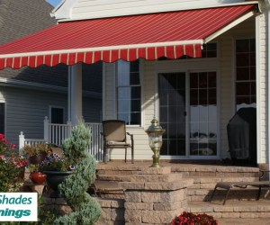 Elite_Motorized_Retractable_Awning_Red_Gold_Stripes